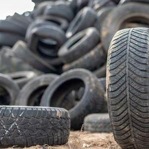 Descarte de pneus inservíveis